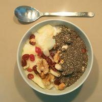 desayuno-granola-frutos secos-rojos y chia