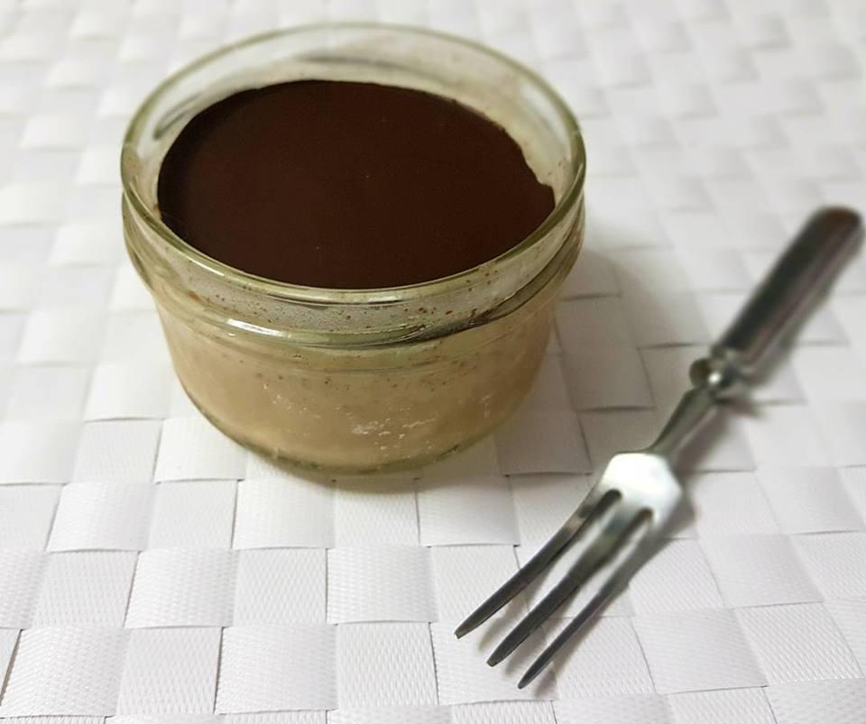 Mousse de almendra y chocolate negro