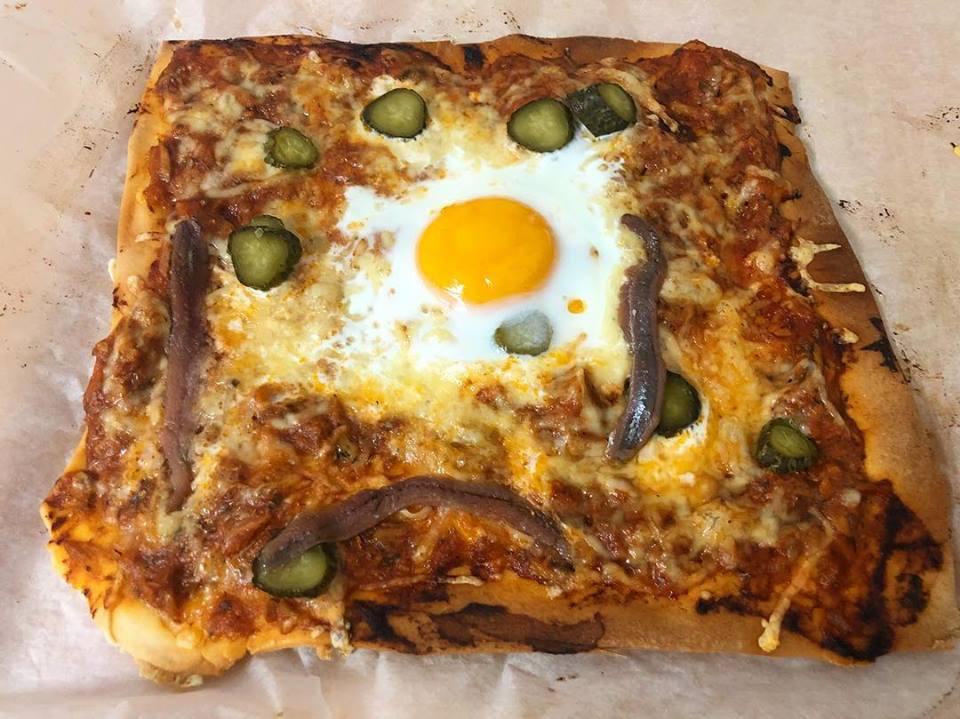 Pizza de almidón de yuca (sin gluten, sin lactosa, sin azúcar)