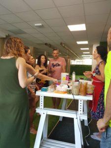 Taller de Barrigasana en la sala Paleotraining de Madrid en Junio 2018 comiendo