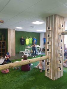 Taller de Barrigasana en la sala Paleotraining de Madrid en Junio 2018 explicando