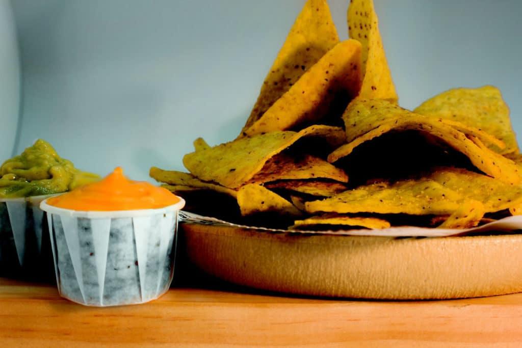 Salsa de no queso para nachos (sin gluten, sin lácteos, sin azúcar y vegana)