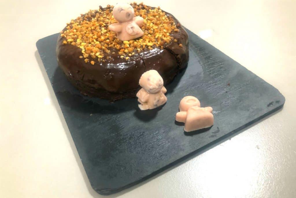 Pastel de mousse de chocolate (con ingrediente sorpresa). Sin gluten, sin lactosa, sin azúcar.