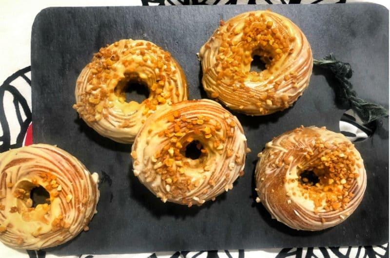 Donuts de carrot cake con  buttercream de vainilla