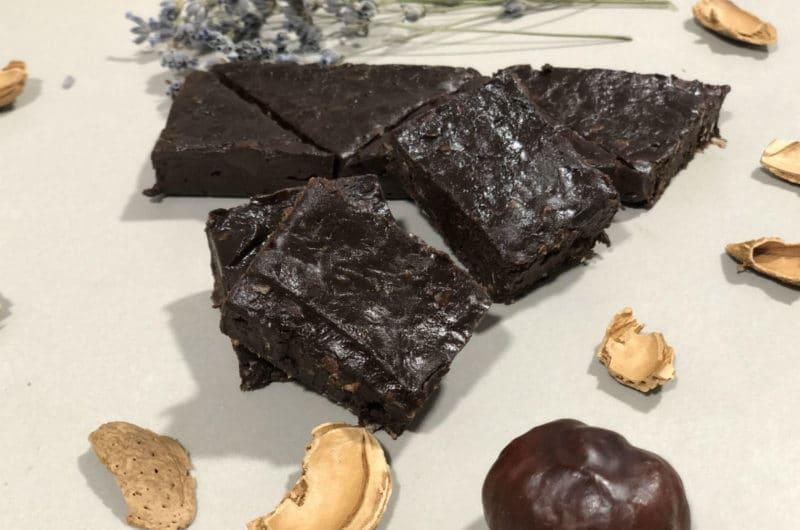 Fudge de chocolate negro y copos de quinoa